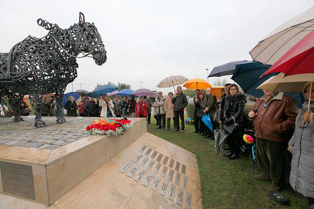 ok-cavall---.-monument-2014-(86)