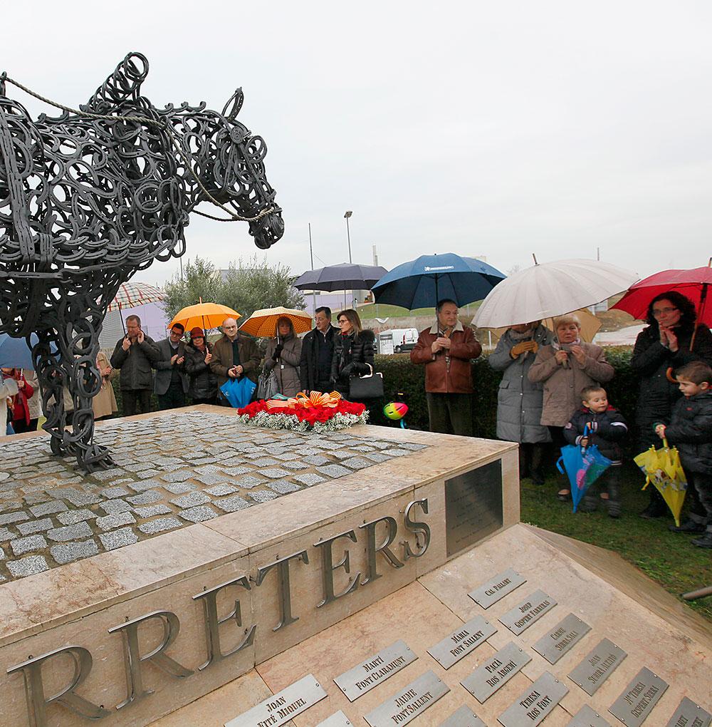ok-cavall---.-monument-2014-(97)
